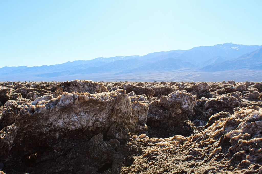 image of the large halite salt crystals at Devil's Golf Course